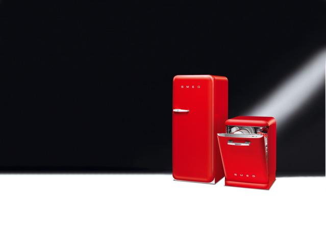 Smeg Kühlschrank Rot : Technik zu hause smeg kühlschrank und geschirrspülmaschine in