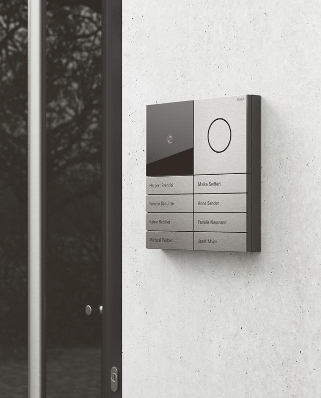 technik zu hause gira der erste eindruck z hlt. Black Bedroom Furniture Sets. Home Design Ideas